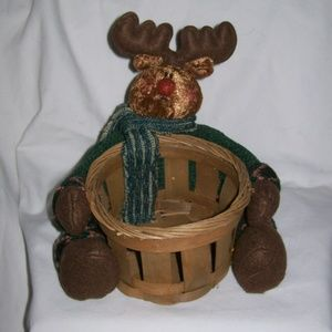 Holiday Moose Gift Basket/Decor